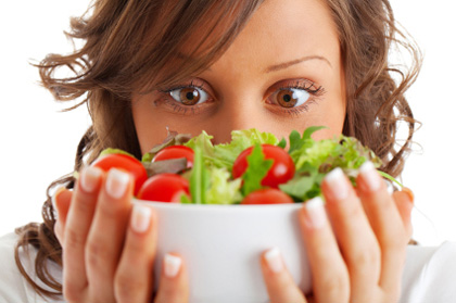 woman-holding-salad