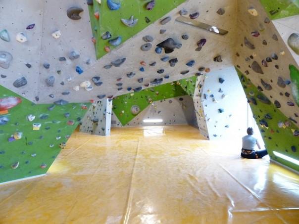 boulderhalle-101521_640