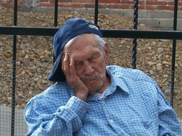 grandfather-14446_640