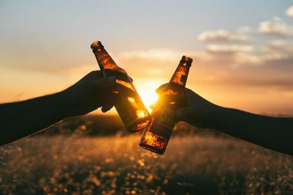 cheers-839865_640