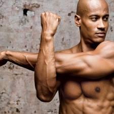 筋トレで筋肉をつけすぎると柔軟性が落ちるのか