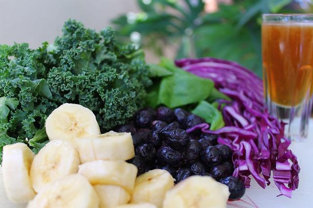 その栄養補給間違ってない!?野菜ジュースの摂取の仕方について