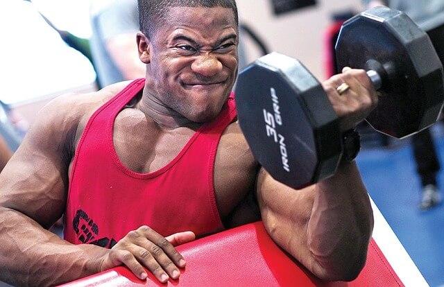 腕のトレーニングでしっかりと二頭筋に効かせる6つのポイント