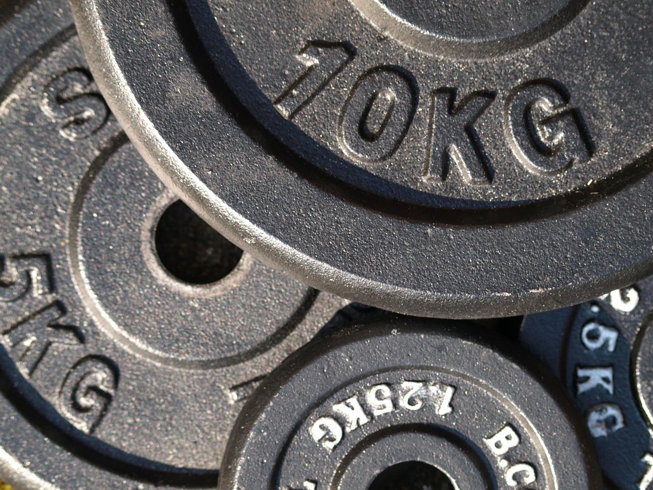 ベンチプレス100kgを目指す!最短で上げるために必要な5つのポイント