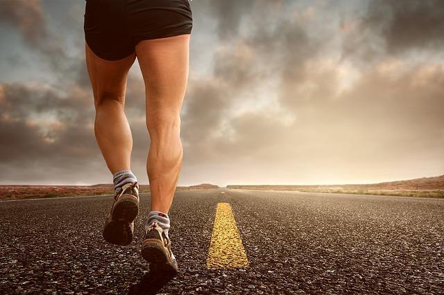 陸上長距離で使う筋肉とは。筋トレを行う際の注意点とおすすめのメニュー。