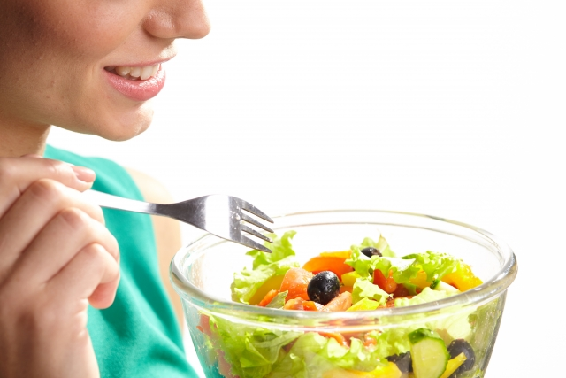 モデル体重で1日に摂れるカロリーの目安