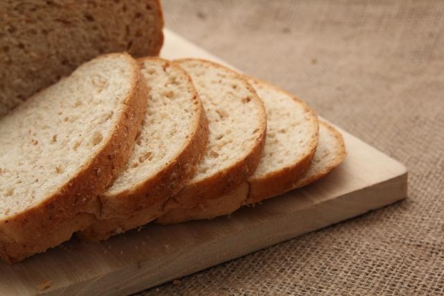ダイエットにおすすめのパン4選